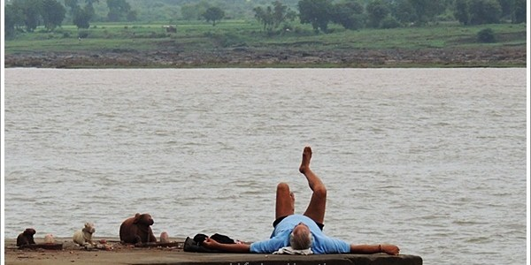 Yoga By the River Narmada in Maheshwar