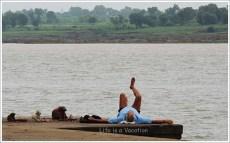 Yoga by the River Narmada, Maheshwar