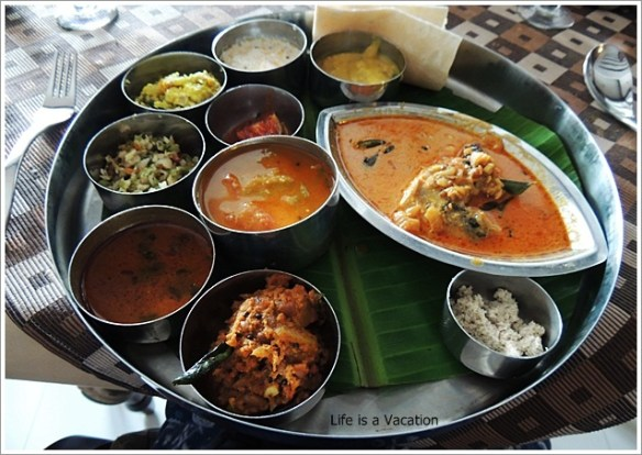 Foodie Trail in Kochi-Kerala Thali in Kochi