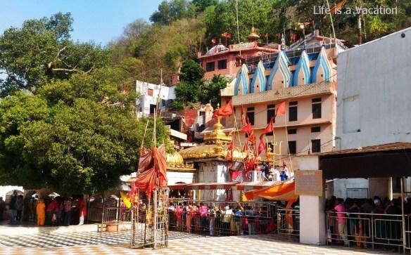 Temples in Kangra - Jawalamukhi