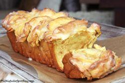 Mein Pumpkin Pull Apart Bread