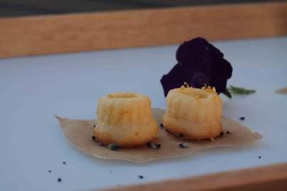 Zitronenwölkchen Gugl mit einem Hauch Lavendel von Steffi von A bissl was süßes http://abisslwassuesses.wordpress.com/2014/06/05/zitronenkuchen-und-kaffee/