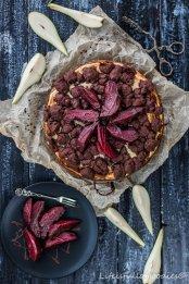 Streuseliger Zupfkuchen mit Rotweinbirnen