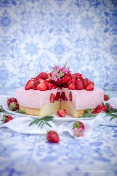 Erdbeermousse Törtchen