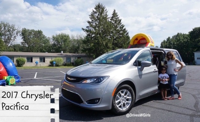 2017-chrysler-pacifica-review-cover