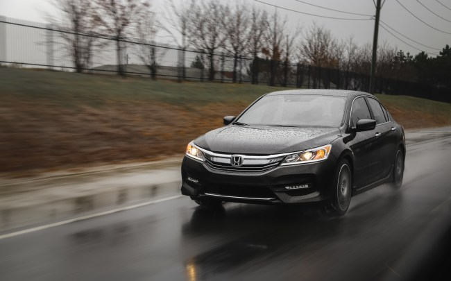 2016-honda-accord-sport-review-2