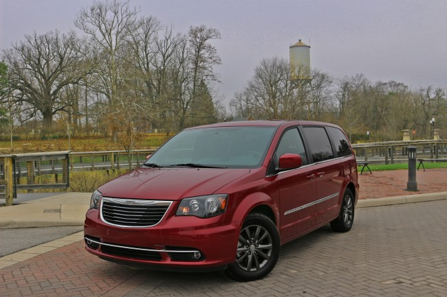 2016-town-and-country-chrysler
