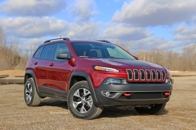 jeep-cherokee-trailhawk-front