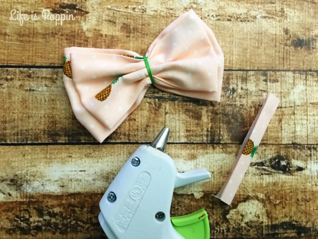 Fabric-Bow-DIY