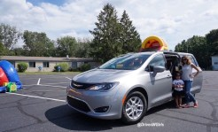 2017-chrysler-pacifica-review-14