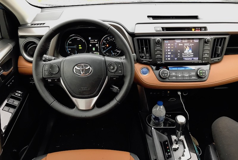 2017 toyota rav4 hybrid reliable efficient and even good looking life is poppin 39. Black Bedroom Furniture Sets. Home Design Ideas