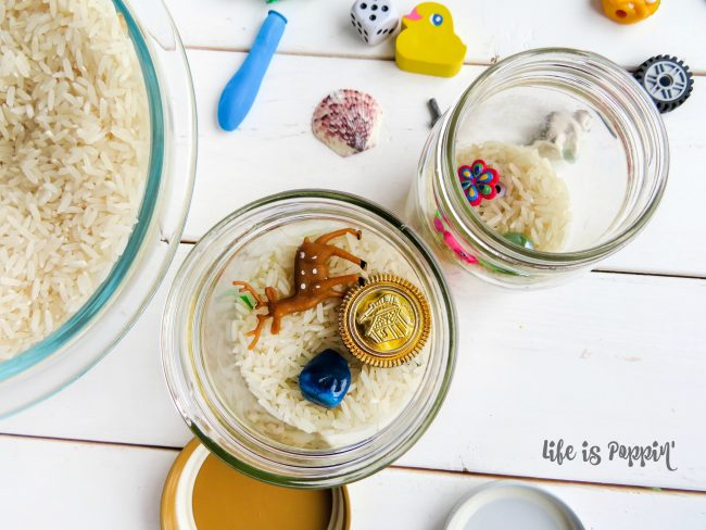 Easy-I-Spy-Jars-DIY-Kids-road-trip