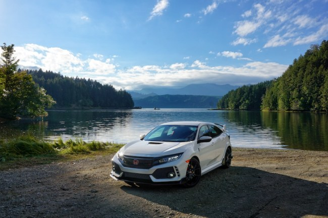 2017 Honda Civic Type R – Mom & Dad's Ultimate Hot Hatch