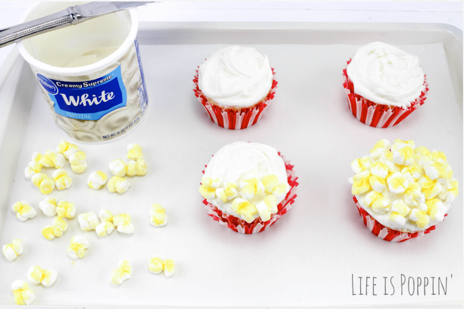 Popcorn-Cupcakes-Party