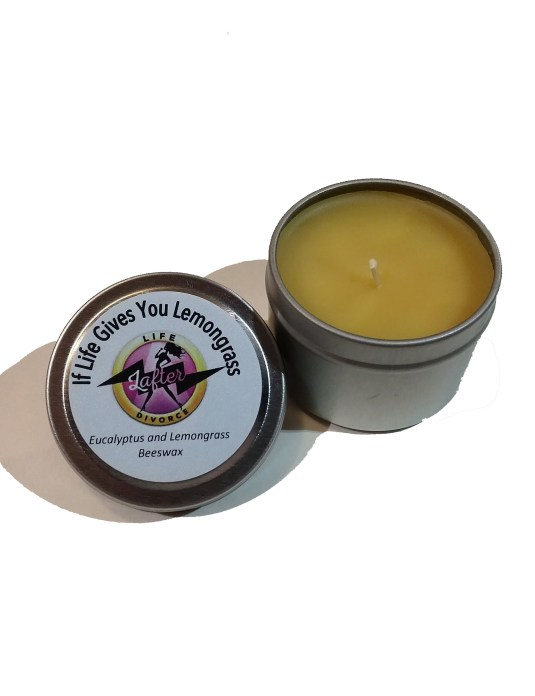 divorce_aromatherapy_beeswax_candle_lemongrass_2oz_tin_open