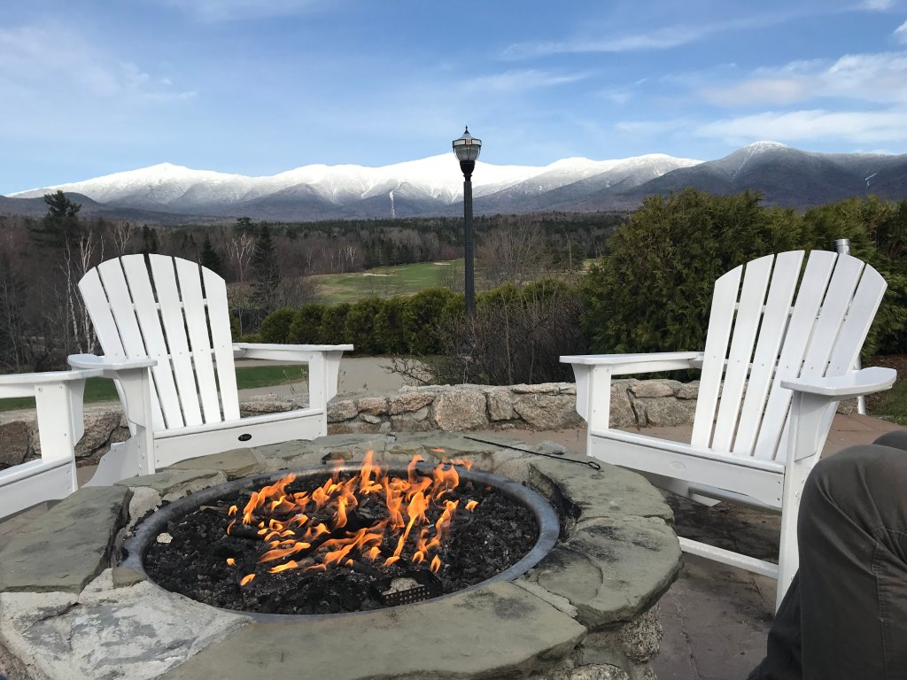 A fire pit overlooking the gorgeous White Mountains as seen from the Mount Washington Hotel.