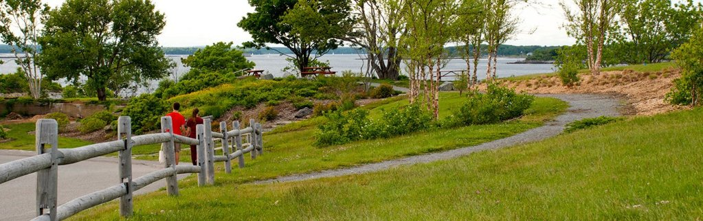Fort Williams Park - a beautiful public garden in Maine.