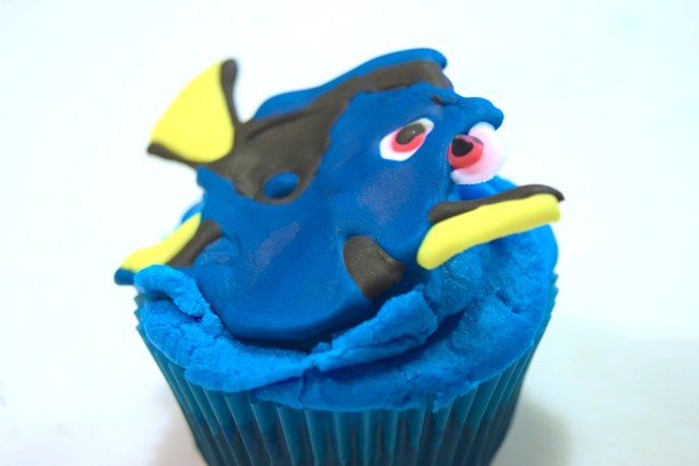 Finding Dory Cupcake Topper 2