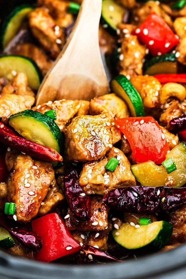 Low Carb Kung Pao Chicken Stir Fry – an easy ONE PAN stir fry for busy weeknights. Best of all, this popular takeout favorite is keto-friendly with the same classic sweet & spicy flavors as your local Chinese restaurant.
