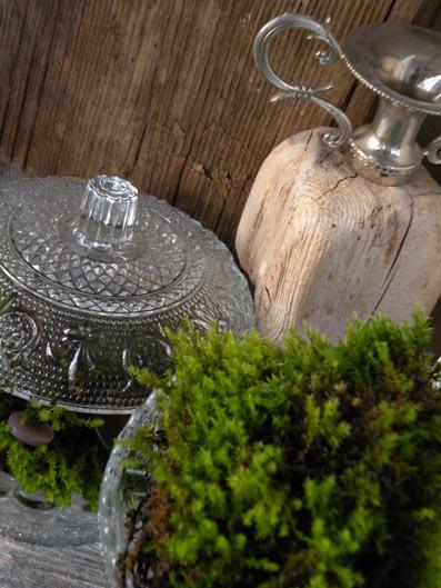 свечи на бревне - дачное декорирование