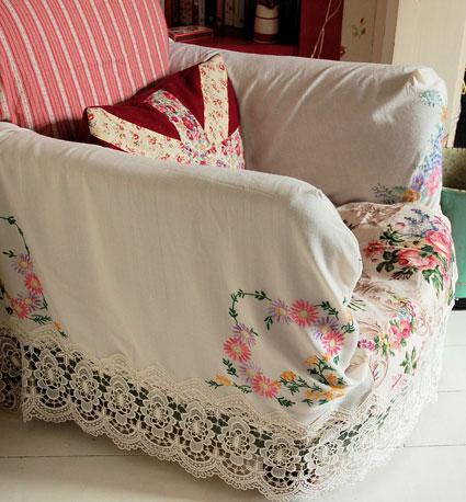 хендмейд в домашнем декоре кресло вышивка камин