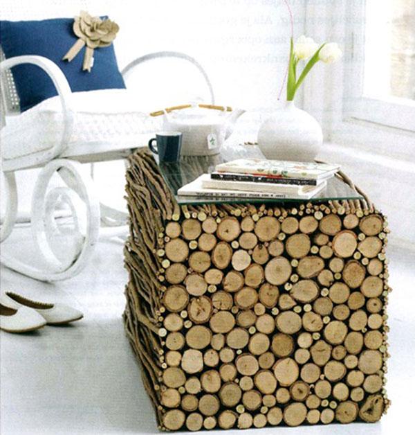 Журнальный столик из деревянных веток