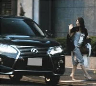 小泉孝太郎と一般女性2