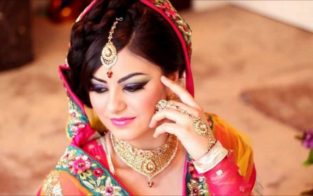 most-beautiful-indian-girl-bride-looks-wallpapers