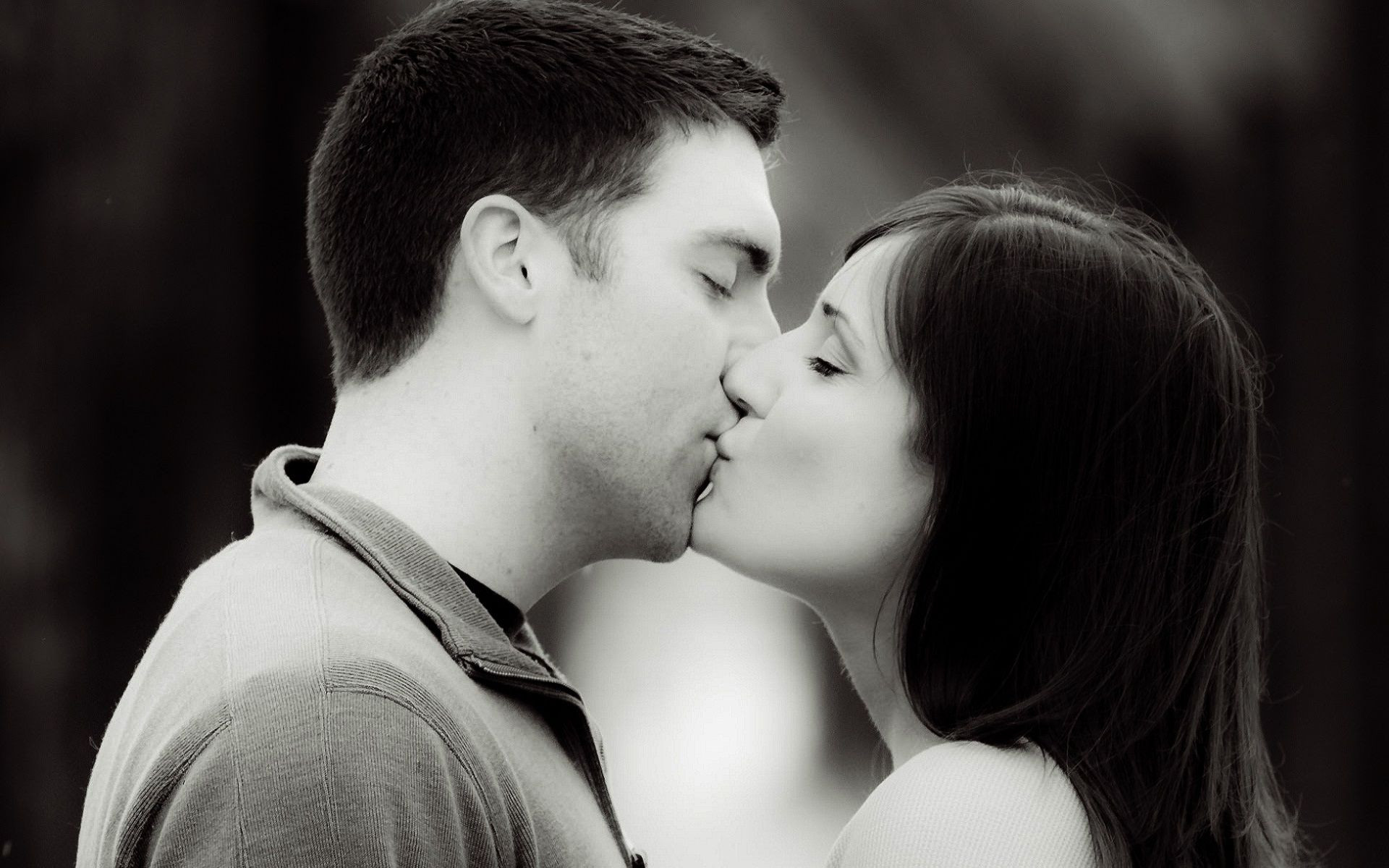 How to make a guy go crazy when kissing