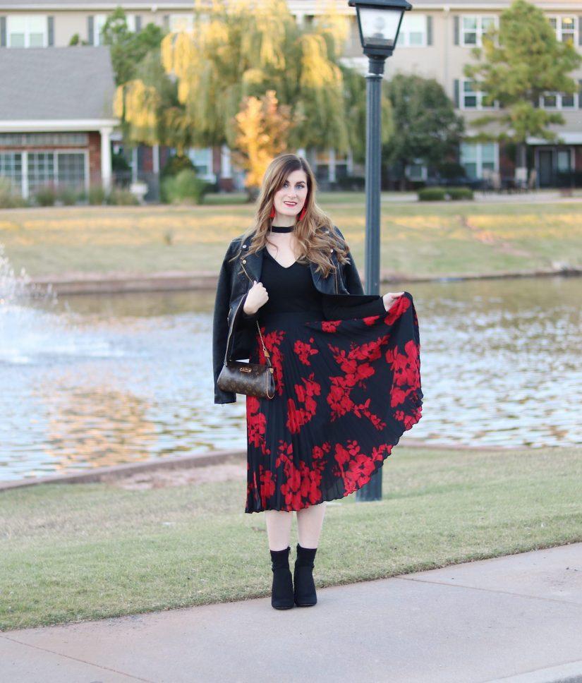 pleated midi skirt | sock booties | moto jacket | fall outfit 2017 | h&m pleated midi skirt | fall date night outfit