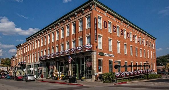 DeSoto House Hotel in Galena, IL