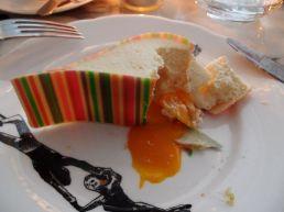 Melting mango cheesecake