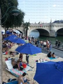 paris-embankment-beach