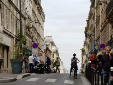 Cycling to Montmartre