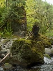 Boulder and basalt piller at choke point