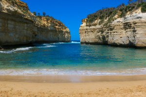 Loch Ard Gorge, Hiking Trails Australia, 12 Apostles, Things to See in Australia, Beautiful places in Australia, Things to See Along The Great Ocean Road, Attractions Australia,