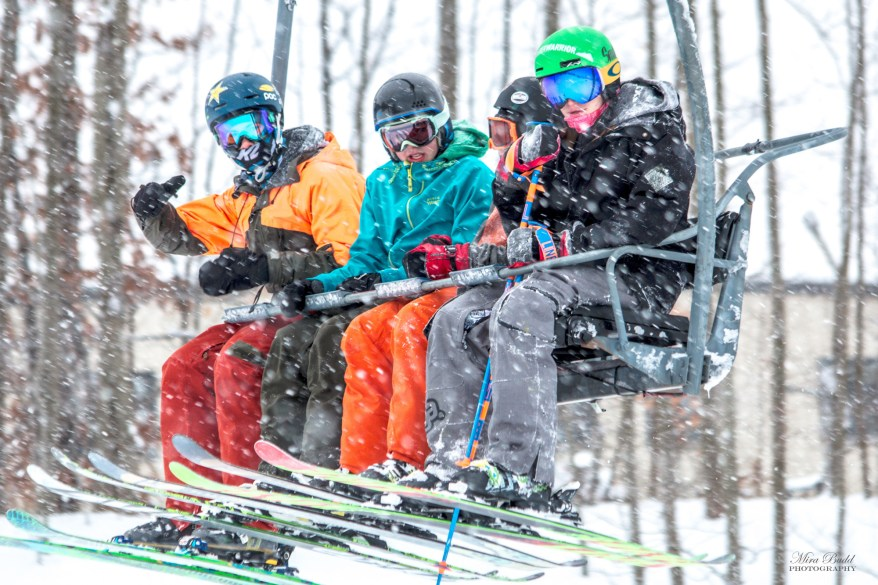 Best Terrain Parks Ontario, Ontario Skiing, Top Ski Hills in Ontario, Best Skiings in Ontario, Freestyle Skiers, Things to do in Winter in Ontario, Ski Rosorts Ontario, Mount St. Louise Moonstone,
