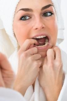 Proper way to floss, Brampton Dentists, Flossing, Dental Care, Flossing Teeth, Top dentists in Brampton,