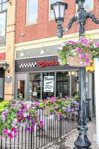Great Restaurants in Bolton, top restaurants in Bolton Ontario, Bolton Ontario, Cheeks Bar and Grill,