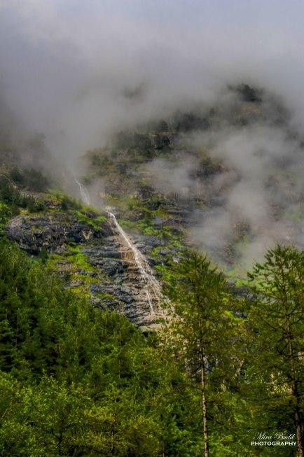 Places to Visit in Switzerland, Beautiful Places in Switzerland, Beautiful Waterfalls in Switzerland, Glacier Waterfalls, Swiss Alps,