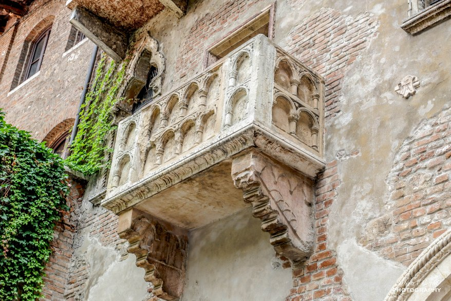 Things to See in Verona Italy, Things to Do in Verona Italy, Places to Visit in Italy, Beautiful Towns in Italy, Beautiful Places in Europe,