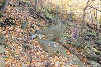 Hiking Trails Ontario, Hamilton Waterfalls, Beautiful places in Ontario, Places to Visit in Ontario, Bruce Trail Hiking, Sherman Falls,