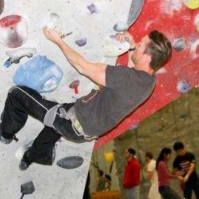 Boulder Climbing Ontario, Best Climbing Gyms Ontario, Indoor Climbing Gyms, Things to do in Winter in Toronto,