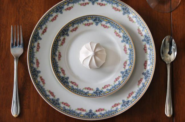 Valentine's Table Decor Idea