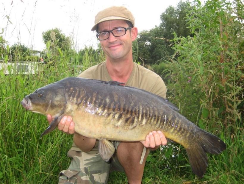 surface fishing river lea carp