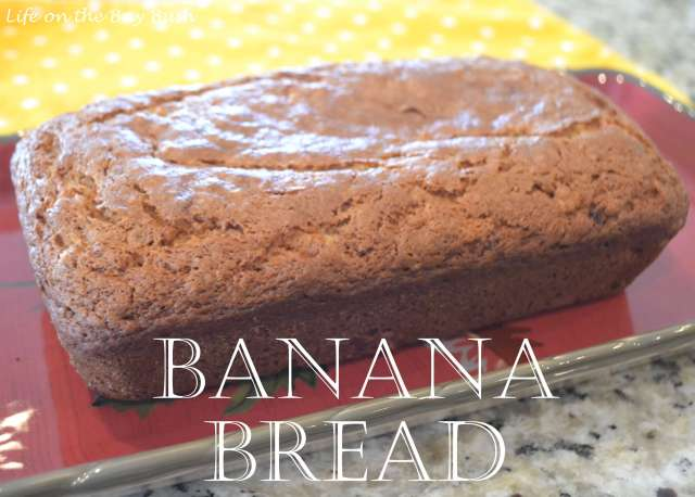Easy Homemade Banana Bread Recipe