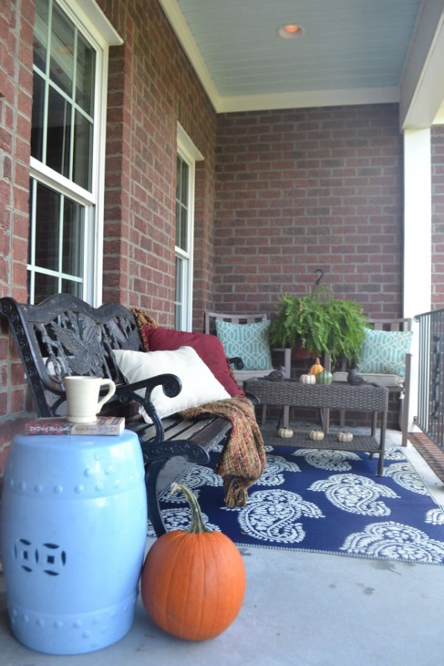 Simple-fall-porch-ideas