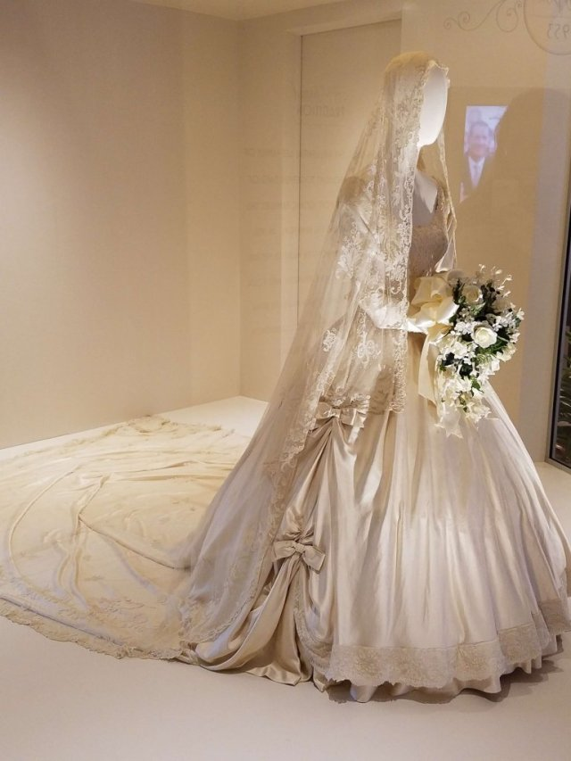 Mary Lee Ryan Wedding Gown