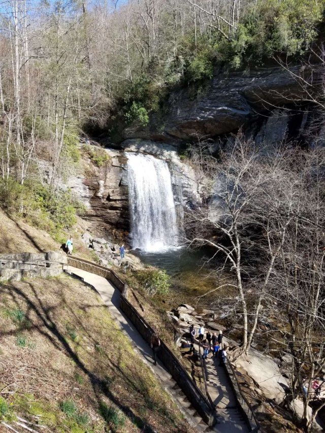 This waterfall is awesome for visiting with kids! Its right on the side of the road! Road trips with kids. Blue Ridge Mountains Pisgah Forrest, NC Looking Glass Falls