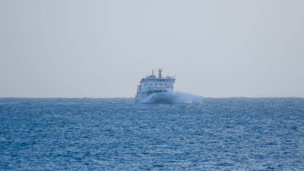 The MV Clansman turns into Gott Bay bound for Tiree's pier at Scarinish